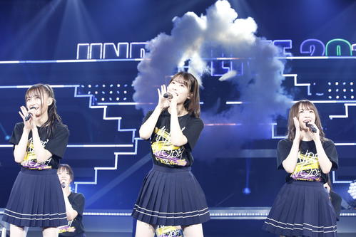 「アンダーライブ2019」を開催した乃木坂46。左から鈴木絢音、岩本蓮加、渡辺みり愛