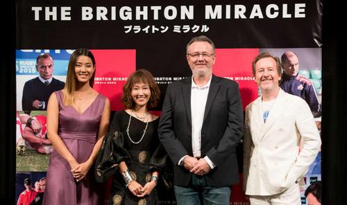 映画「ブライトン・ミラクル」の試写会に出席した、左からすみれ、工藤夕貴、マックス・マニックス監督、ニック・ウッドプロデューサー