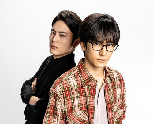 ドラマ「僕はどこから」に主演する中島裕翔(右)。左は間宮祥太朗