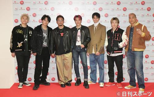 第70回NHK紅白歌合戦の発表会見で撮影に応じるGENERATIONS(撮影・加藤諒)