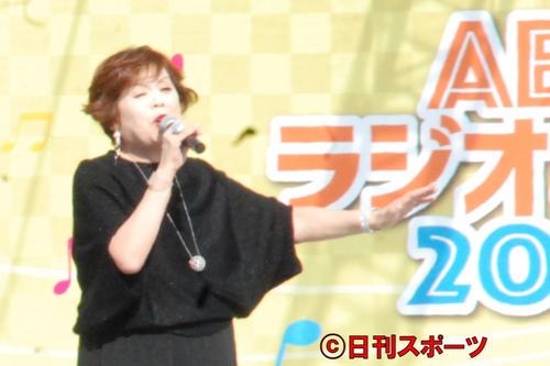 新曲「時のしおり」を披露した上沼恵美子(撮影・松浦隆司)