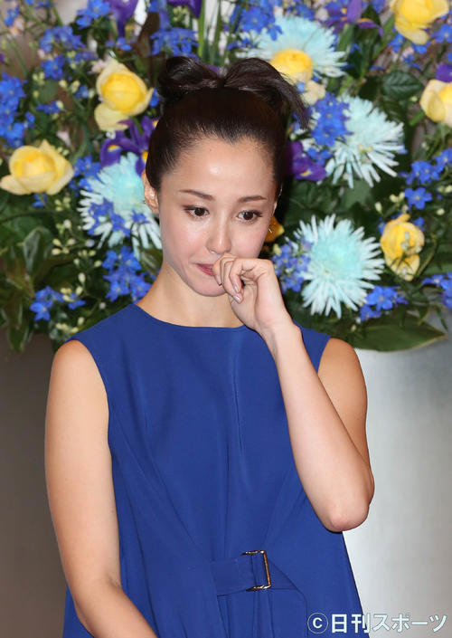 NHK大河ドラマ「麒麟がくる」出演者都内発表会見で、時折言葉を詰まらせながら、熱い思いを語っていた沢尻エリカ容疑者(19年3月8日撮影)