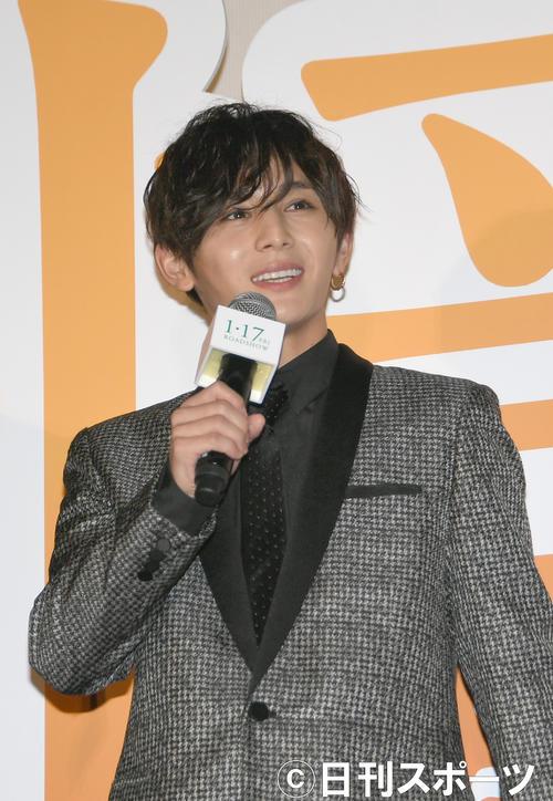 「記憶屋ーあなたを忘れないー」完成披露イベントで、あいさつする山田涼介