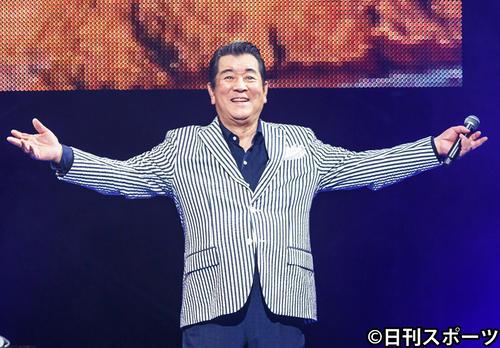 コンサートツアー復帰を果たした加山雄三(撮影・中野由喜)