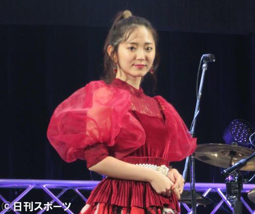 ライブを開催した鈴木愛理