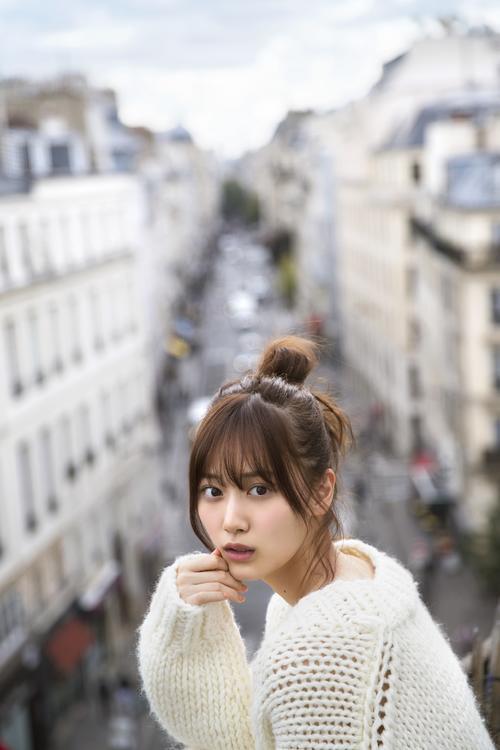 山下美月初写真集「忘れられない人」の先行カット 撮影/須江隆治