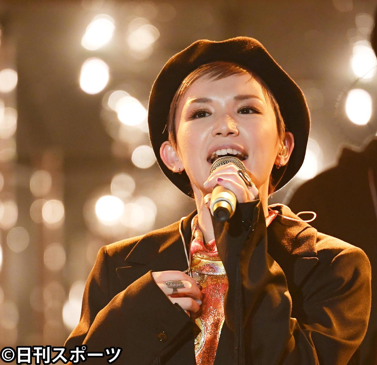 スカーレット 主題 歌 歌手