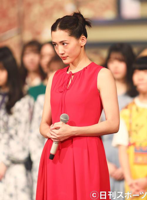 NHK紅白歌合戦 リハーサルで顔合わせに臨む綾瀬はるか(撮影・河田真司)