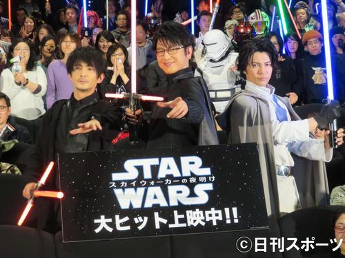 左から津田健次郎、及川光博、武田真治