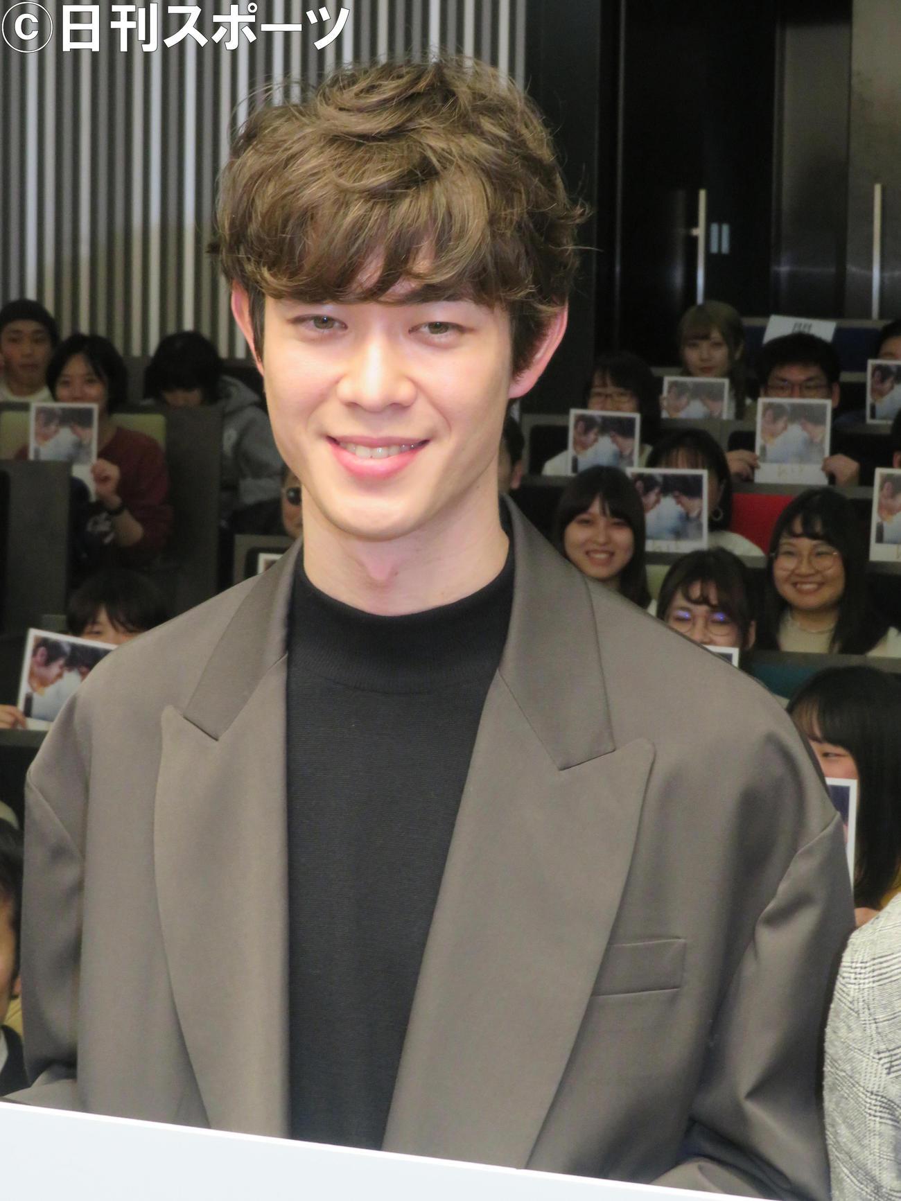 映画「his」公開直前プレミアム舞台あいさつに出席した宮沢氷魚