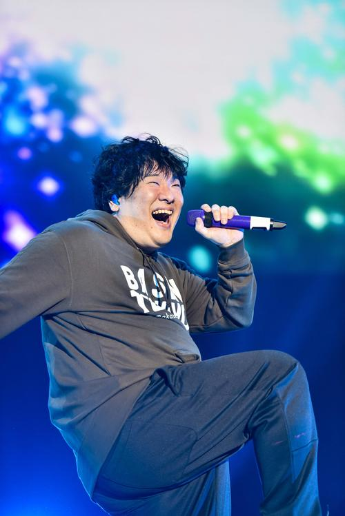 Photo of Okazaki physical education is the first solo live in the local area, showing off new songs