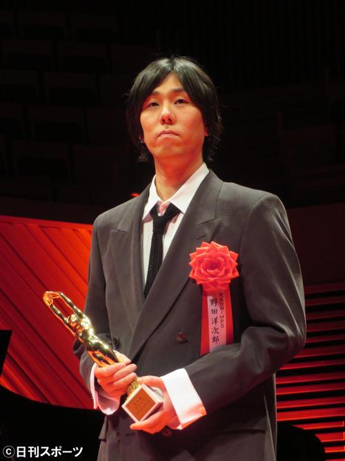 第74回毎日映画コンクールで音楽賞を受賞したRADWIMPS野田洋次郎