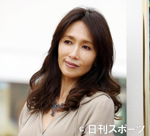 "Photo of Shizuka Kudo ""Thinking a bit"" Call for crowded cough manners"