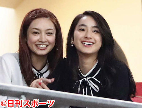 """Photo of Yura Taira and Airi Eri's """"mellow"""" question are """"very nice"""""""
