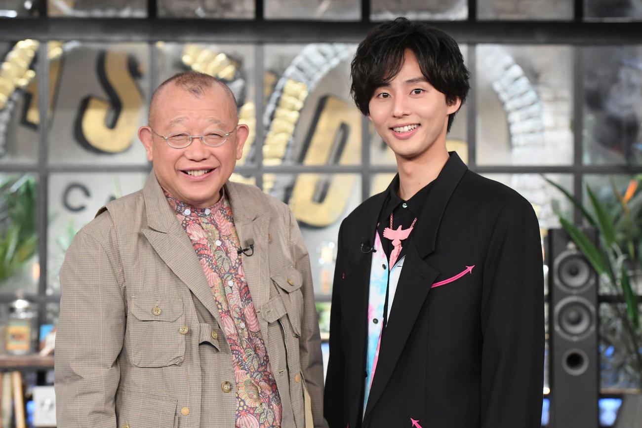 TBS系トーク番組「A-Studio+」でダブルMCを務める笑福亭鶴瓶(左)と藤ケ谷太輔
