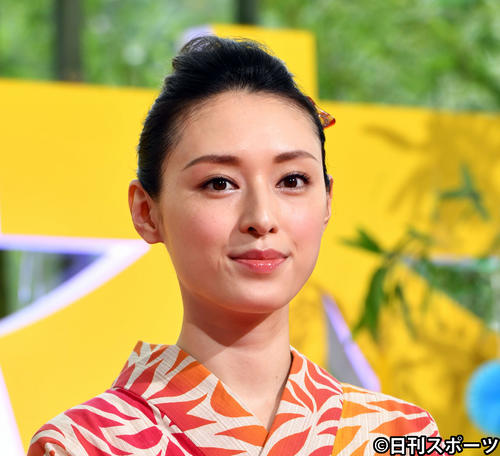 """Photo of Chiaki Kuriyama leaves the office and becomes independent """"Thirty years of guidance"""" thanks"""