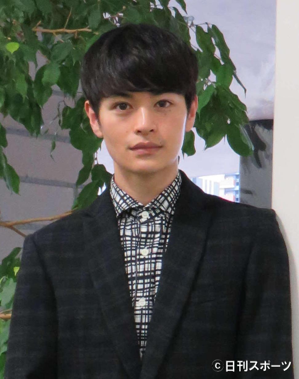 瀬戸康史(2015年11月19日撮影)