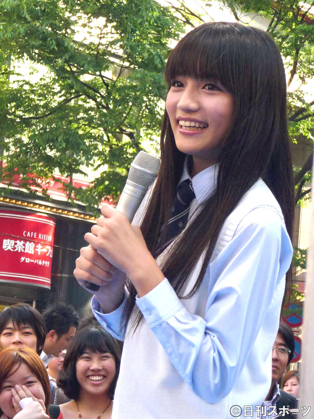 川口春奈(09年5月)