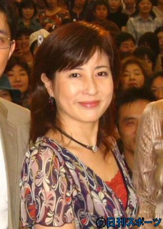 岡江 久美子 死因