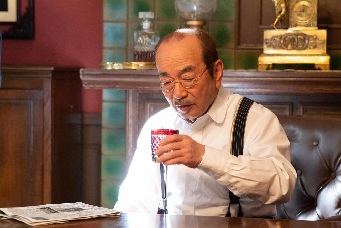 日本を代表する西洋音楽作曲家小山田耕三役で出演する志村けんさん(C)NHK