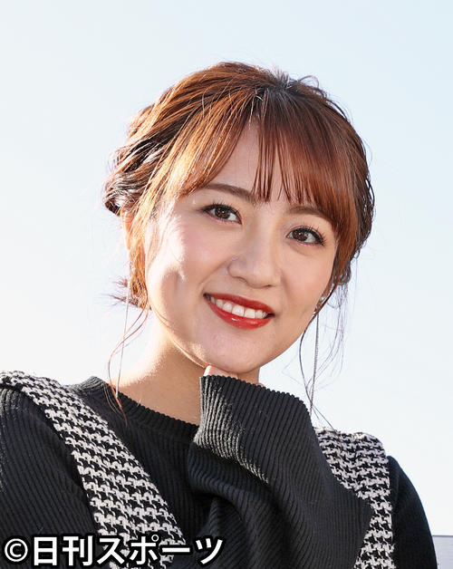 Photo of Minami Takahashi shows off her two-shot with her husband on her wedding anniversary