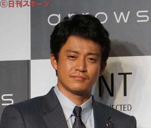 コロナ禍で小栗旬主演、吉田鋼太郎演出の舞台が中止