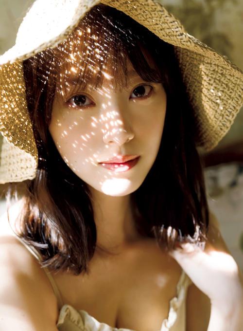 "Photo of ""Fresh"" Nogizaka / Miona Hori Second Photo Book Preceding Cut"
