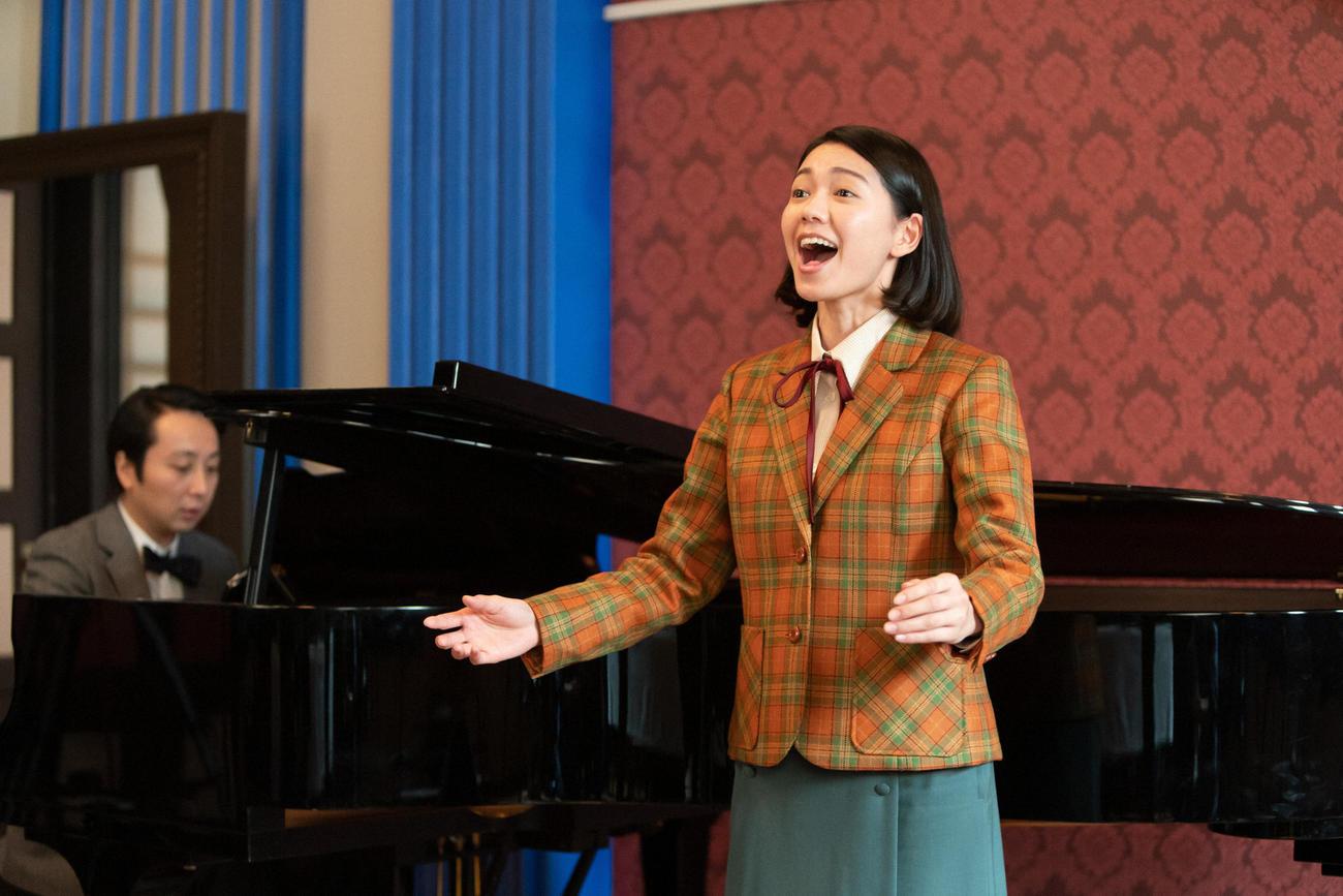 音楽学校の記念公演の最終選考に残った音(二階堂ふみ)