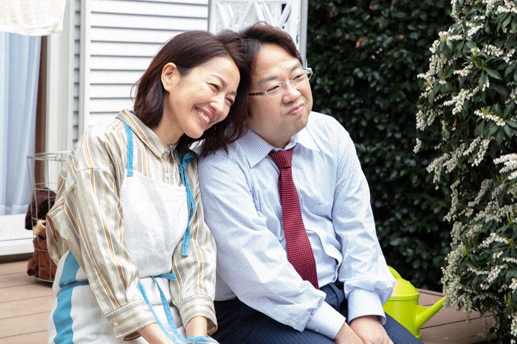 門倉久美子(羽田美智子=左)と夫の和彦(天野ひろゆき)(C)東海テレビ