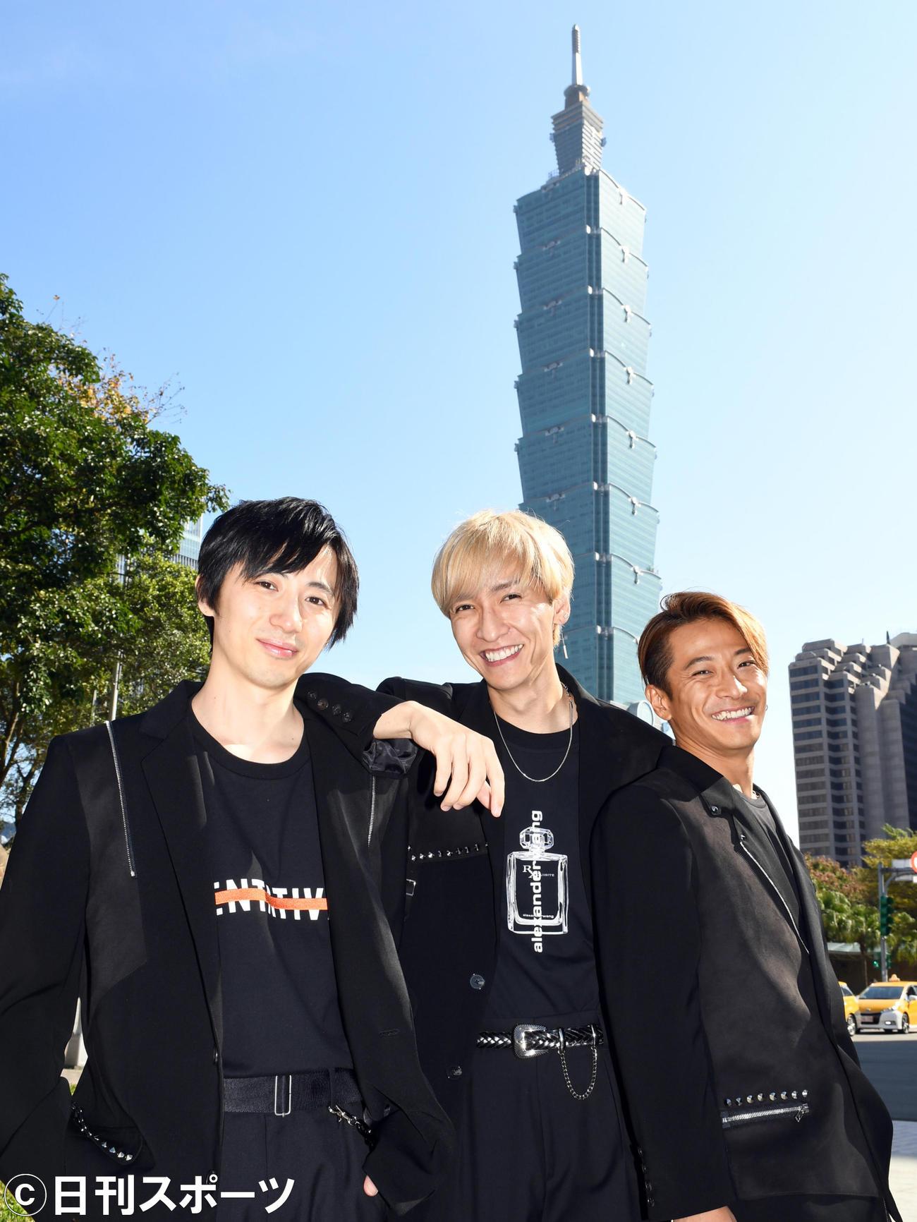 w-inds.の左から千葉涼平、橘慶太、緒方龍一(2020年1月4日撮影)