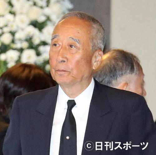 Photo of Horipro founder Takeo Hori retires and finds Momoe Yamaguchi