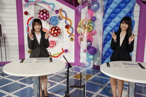 ABEMA「乃木坂46時間TV」でMCを務めた高山一実(左)と賀喜遥香