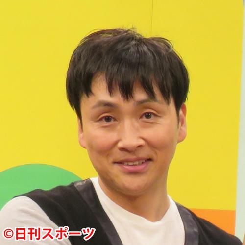 """Photo of """"Oshima"""" Kazuya, acting as Watanabe acting """"Kojima!"""""""