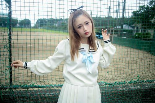 双木昭夫氏プロデュースの「なまいきリボンわがままレースvol.7」でメインモデルを務めるNGT48中井りか