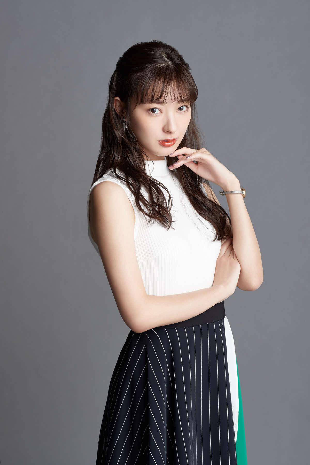 テレビ朝日系連続ドラマ「妖怪シェアハウス」で小悪魔編集者を演じる宮本茉由