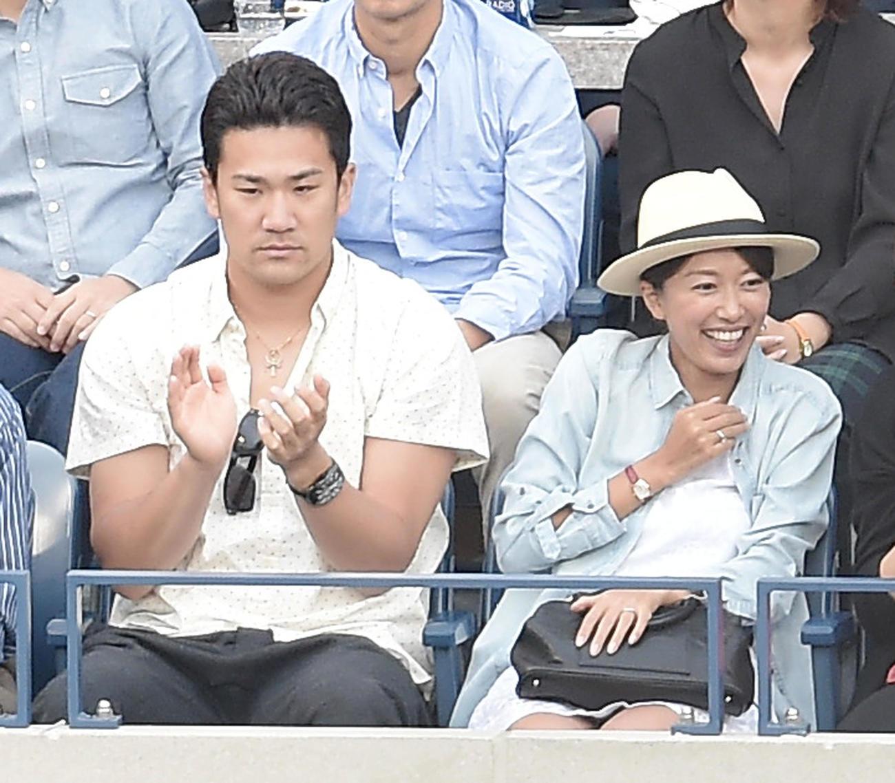 ヤンキース田中将大と里田まい夫人(14年9月撮影)