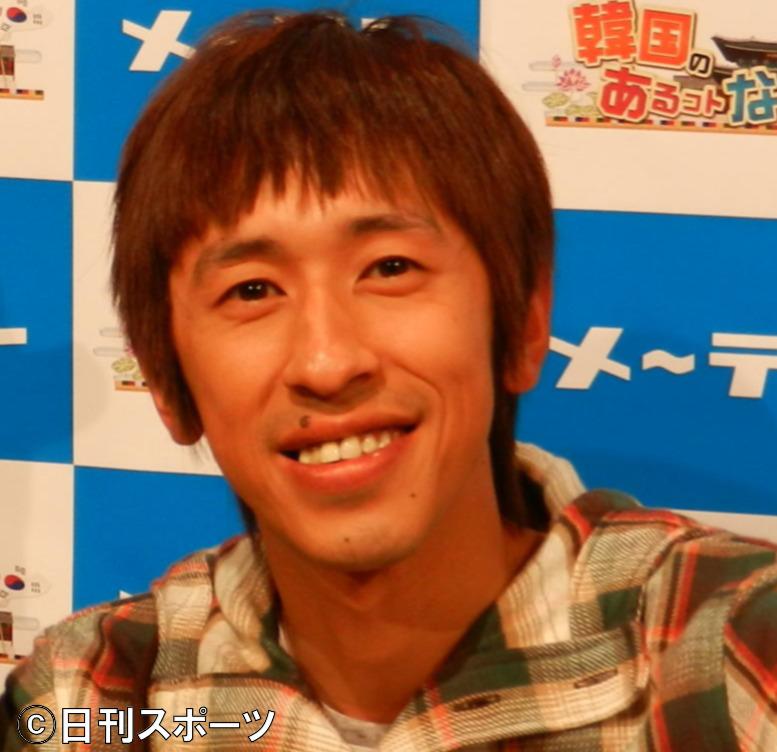 カジサックことキングコング梶原雄太(2012年5月9日撮影)