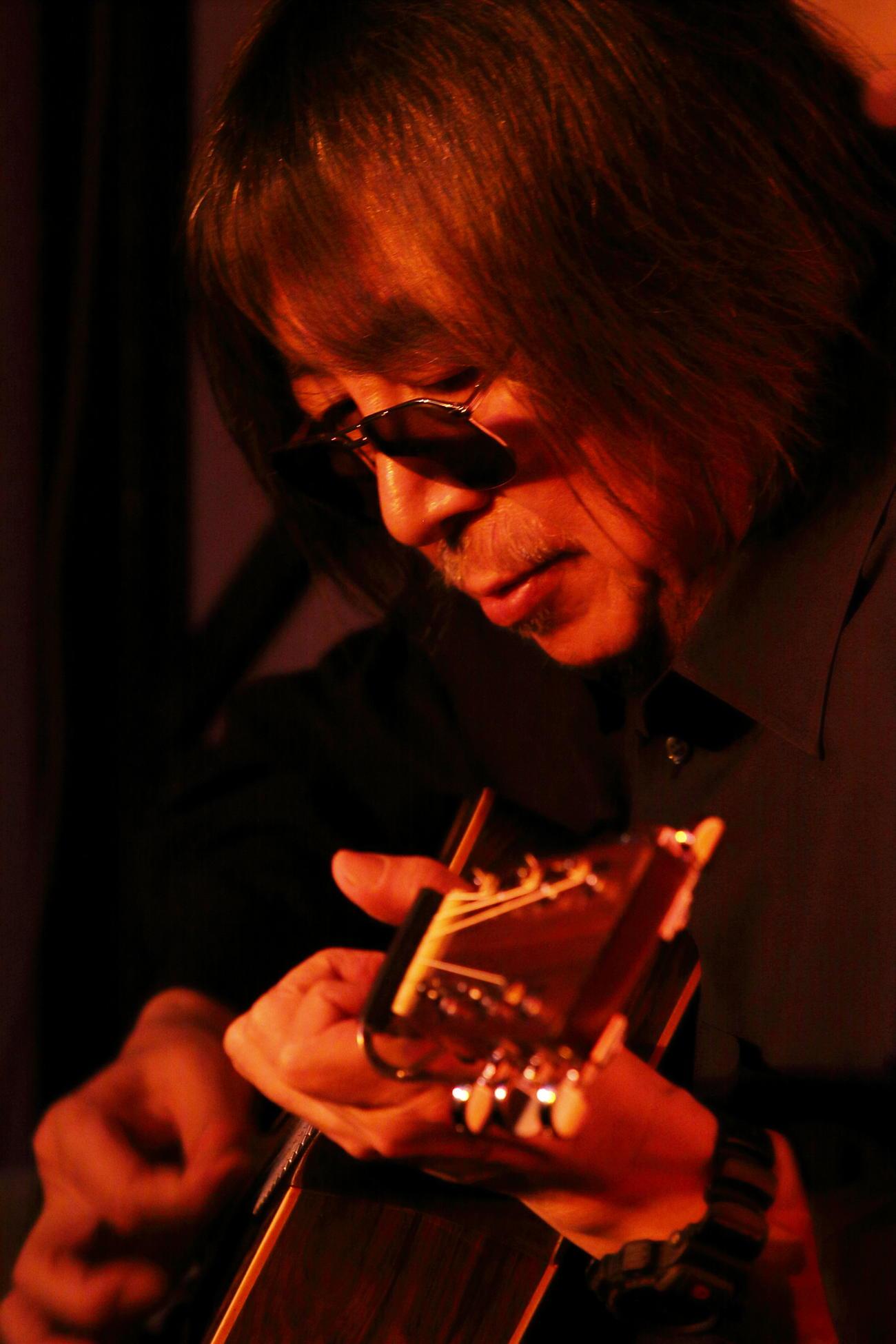 6日に亡くなった山崎ハコの夫でギタリストの安田裕美さん