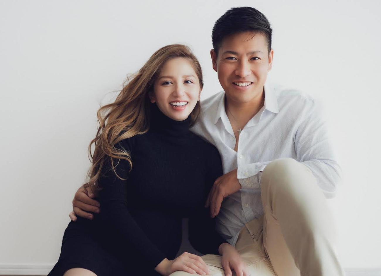 長女を出産した立木シュウ(左)と夫の楽天牧田和久投手