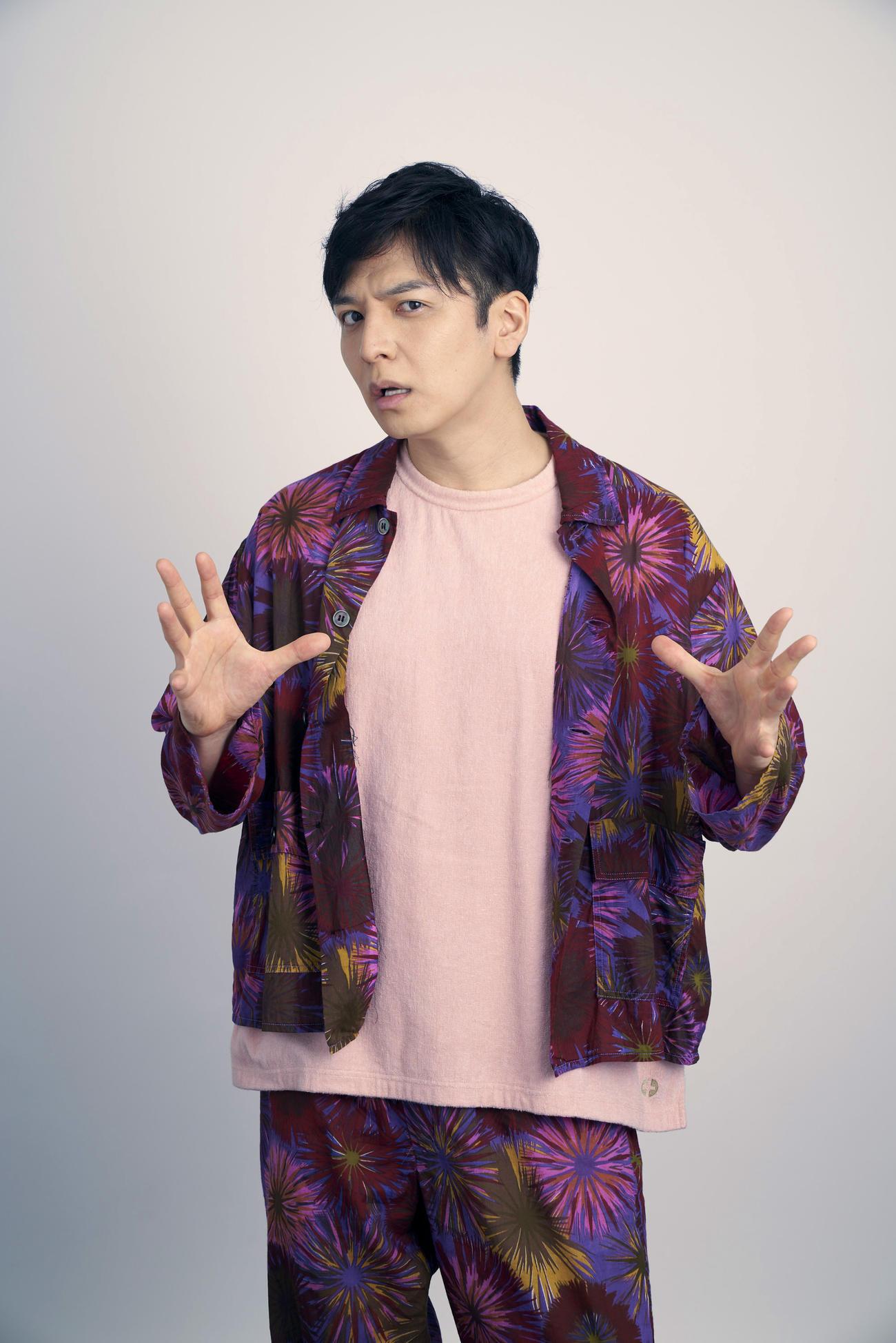 NHKドラマ「JOKE~2022 パニック配信」に主演する生田斗真