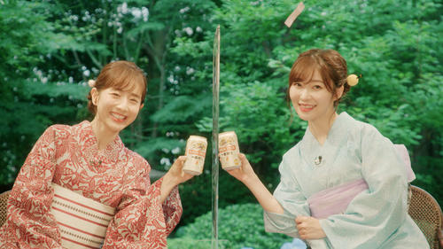 田中みな実(左)と指原莉乃がプライベート感満載のトークを繰り広げた