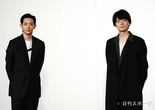 映画「リスタートはただいまのあとで」の記者会見に出席した竜星涼(左)と古川雄輝(撮影・佐藤成)