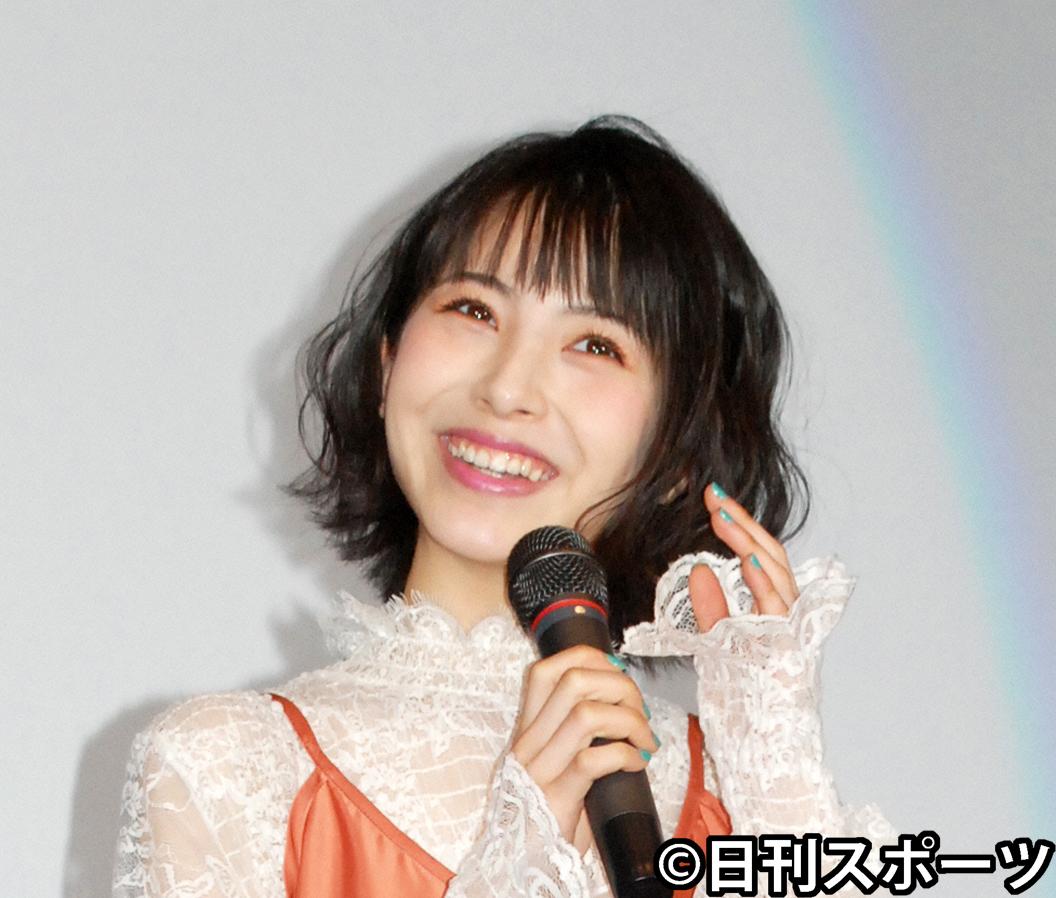 浜辺美波(2019年4月27日撮影)