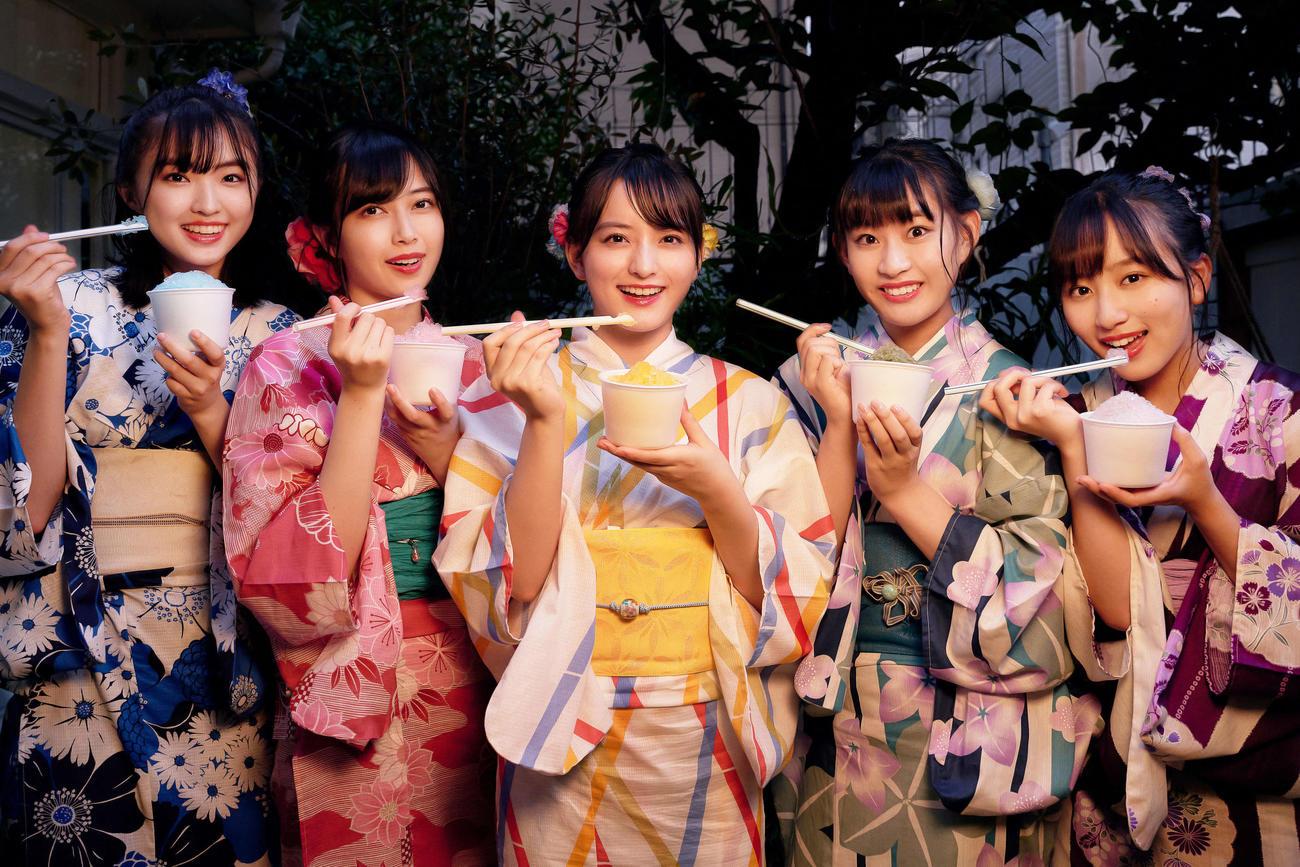 29日に生配信ライブショーを行うたこやきレインボー。左から春名真依、彩木咲良、清井咲希、根岸可蓮、堀くるみ(外部提供)