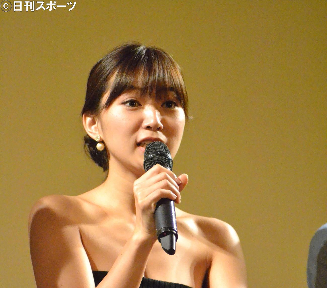 女優の階戸瑠李さん(17年8月27日撮影)