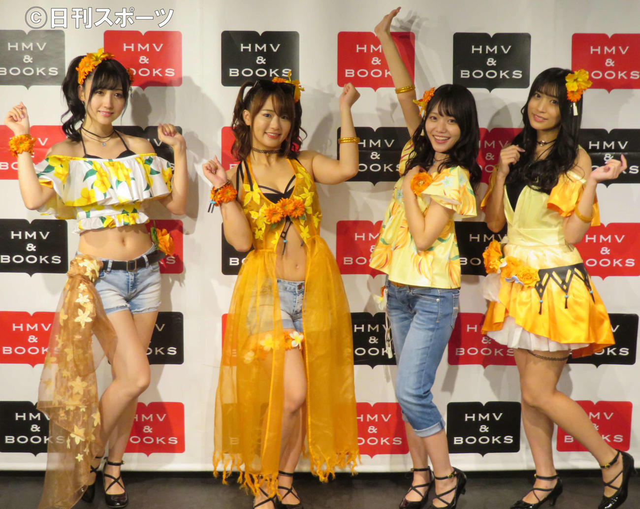 「Merm4id from D4DJ Summer Flower Love Dream」ブルーレイ発売記念イベントを開いた、左から岡田夢以、平嶋夏海、葉月ひまり、根岸愛(撮影・村上幸将)
