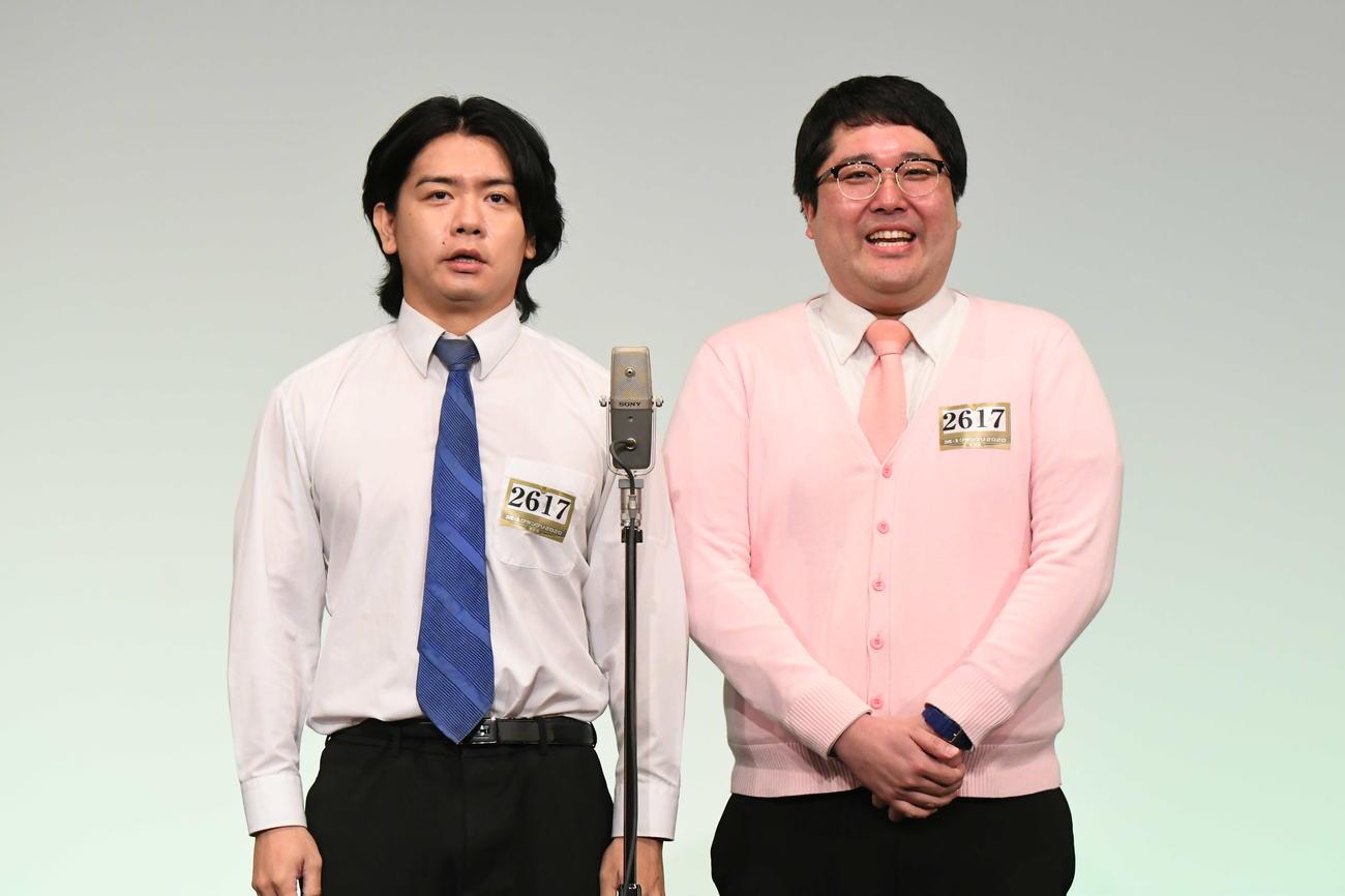 「M-1グランプリ2020」決勝進出を決めたマヂカルラブリー。左が野田クリスタル、右が村上(C)M-1グランプリ事務局
