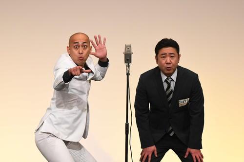 「M-1グランプリ2020」決勝進出を決めた錦鯉。左が長谷川雅紀、右が渡辺隆(C)M-1グランプリ事務局