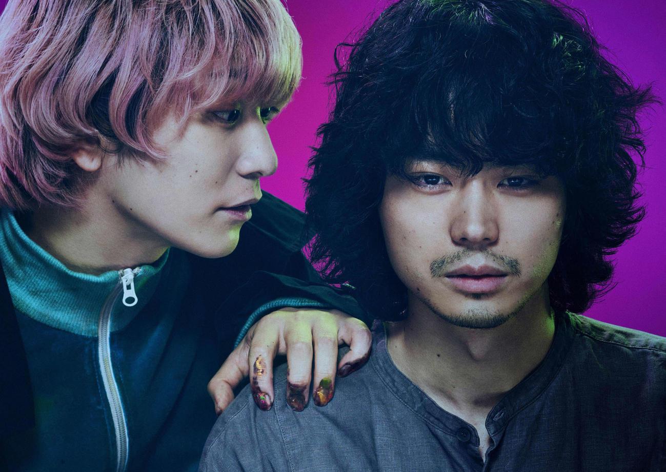 映画「キャラクター」に主演する菅田将暉(右)、共演のFukase(C)2021映画「キャラクター」製作委員会
