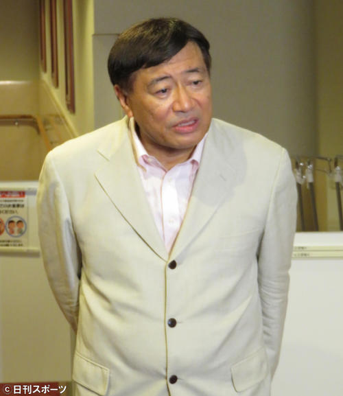 グループ 歌手 夢 夢グループのCMで社長の隣にいる女性は誰?石田社長と結婚している?